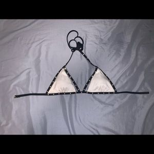 Selling because I no longer wear this item!